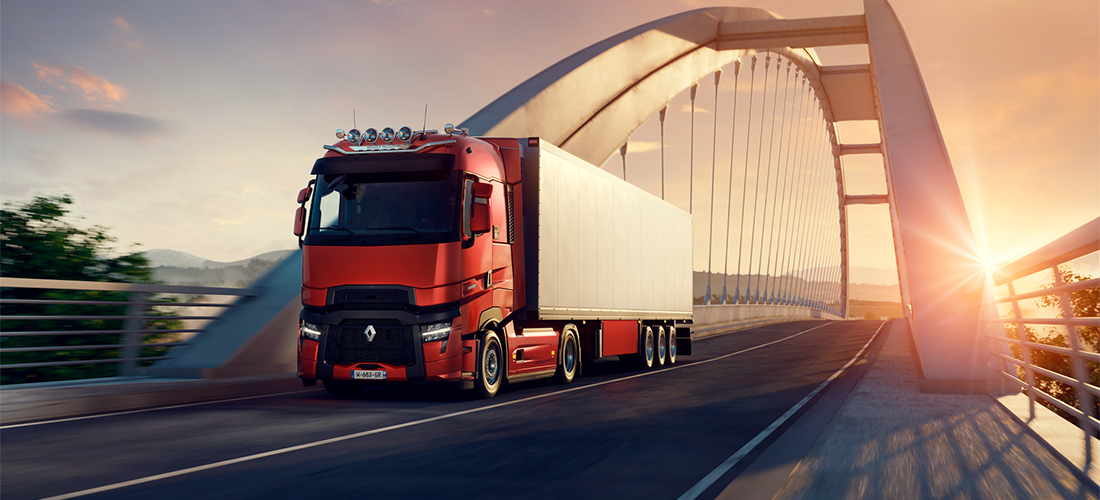 Renault Trucks T High Evolution på bro